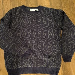 Claiborne patterned sweater